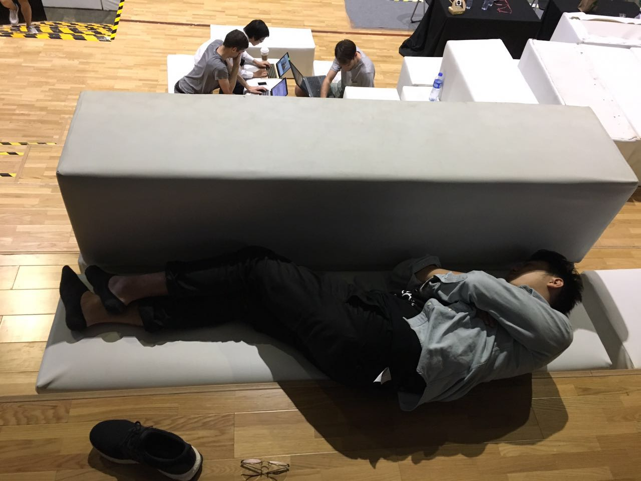 A participant catching a snooze (Image credit: TechNode)