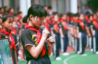 pupils-school-children-red-scarf-159671