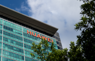 Huawei-building02-uai-320x206 Huawei draws ire after ex-employee wrongly detained for 251 days Telecommunications News Huawei