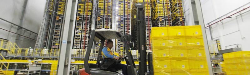 technode.com-tech-for-good-suning-logistics-offers-free-national-storage-resources-for-anti-virus-supplies-suning-warehouse-uai-800x240