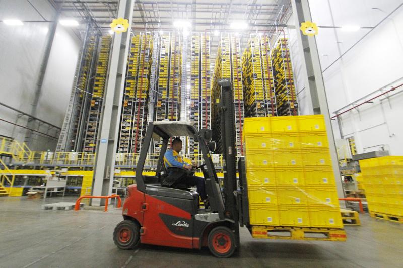 technode.com-tech-for-good-suning-logistics-offers-free-national-storage-resources-for-anti-virus-supplies-suning-warehouse-uai-800x533